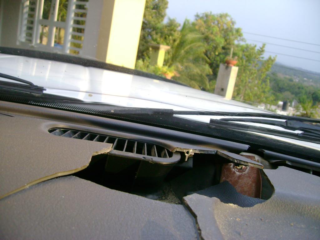 2000 dodge ram 1500 cracked dashboard 225 complaints - 2005 dodge ram 1500 interior parts ...
