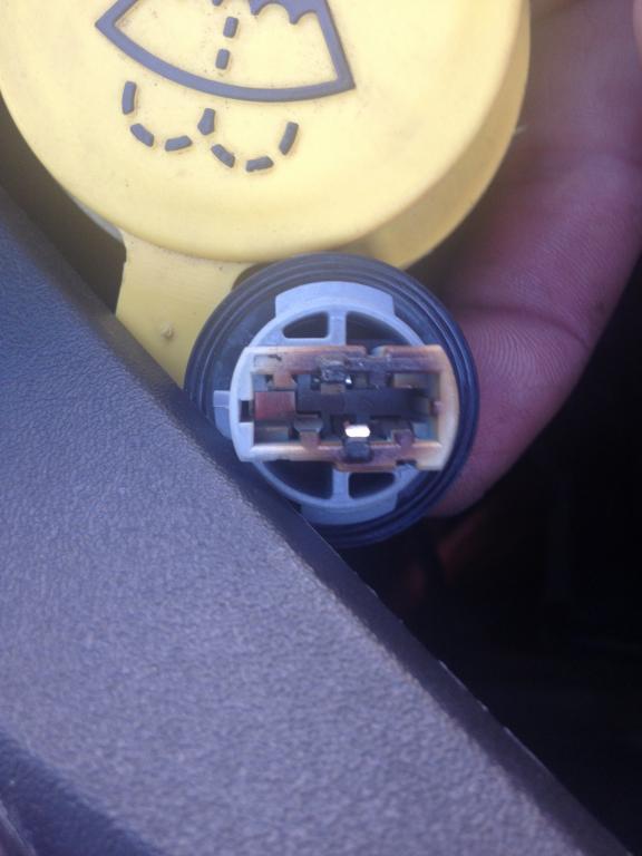 2013 Dodge Dart Lights, Socket Burned Out Prematurely: 3 Complaints
