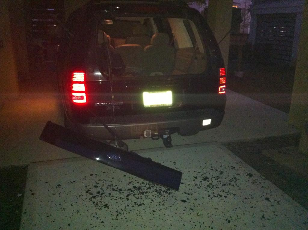 2002 ford explorer rear lift gate window exploded 80 for 2002 ford explorer rear window struts