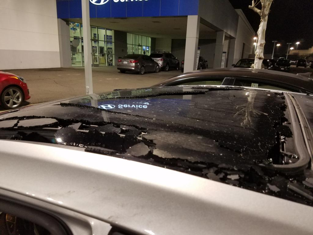 Signs Of A Bad Transmission >> 2013 Hyundai Elantra Sunroof Shattered While Driving: 3 ...