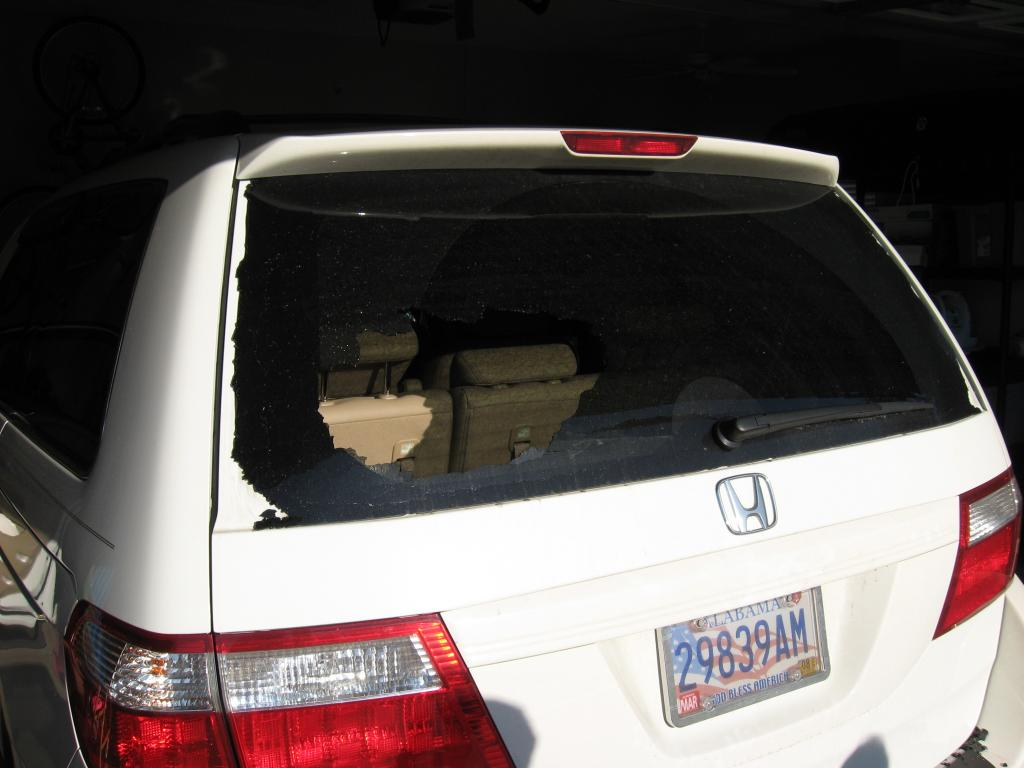 2007 Honda Odyssey Rear Window Exploded  10 Complaints