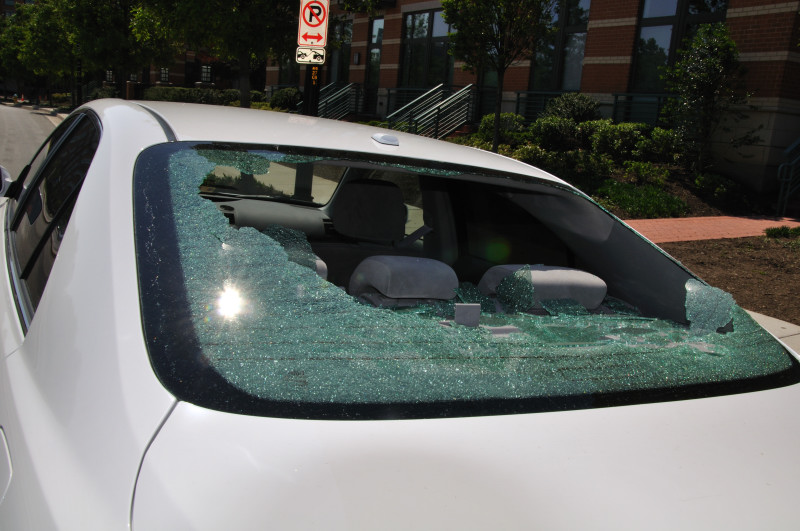 Toyota Corolla Le >> 2010 Toyota Camry Rear Window Shattered: 7 Complaints