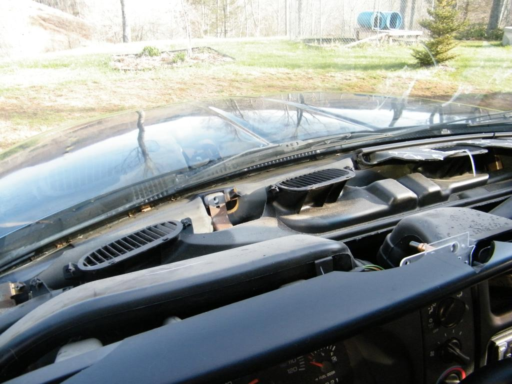 2001 Dodge Ram 1500 Cracked Dashboard: 610 Complaints | Page 2