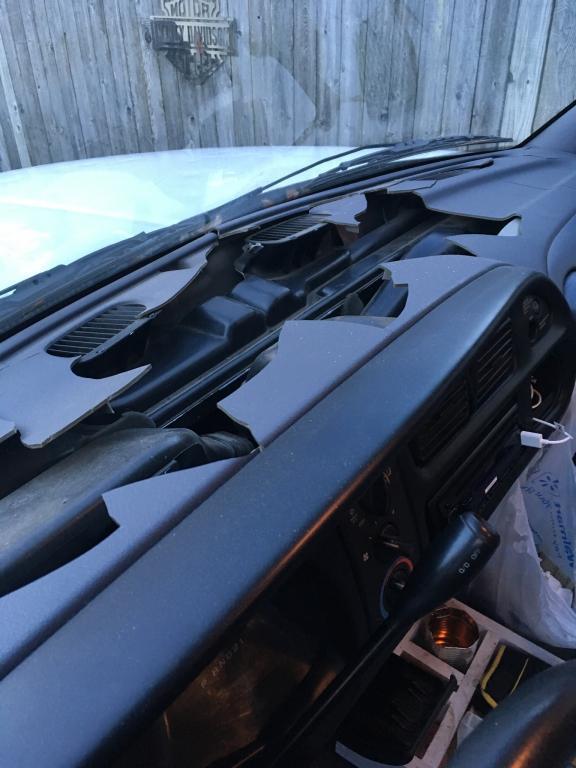 2001 Dodge Ram 1500 Cracked Dashboard 610 Complaints