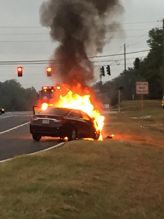 2011 Hyundai Sonata Engine Caught Fire 9 Complaints