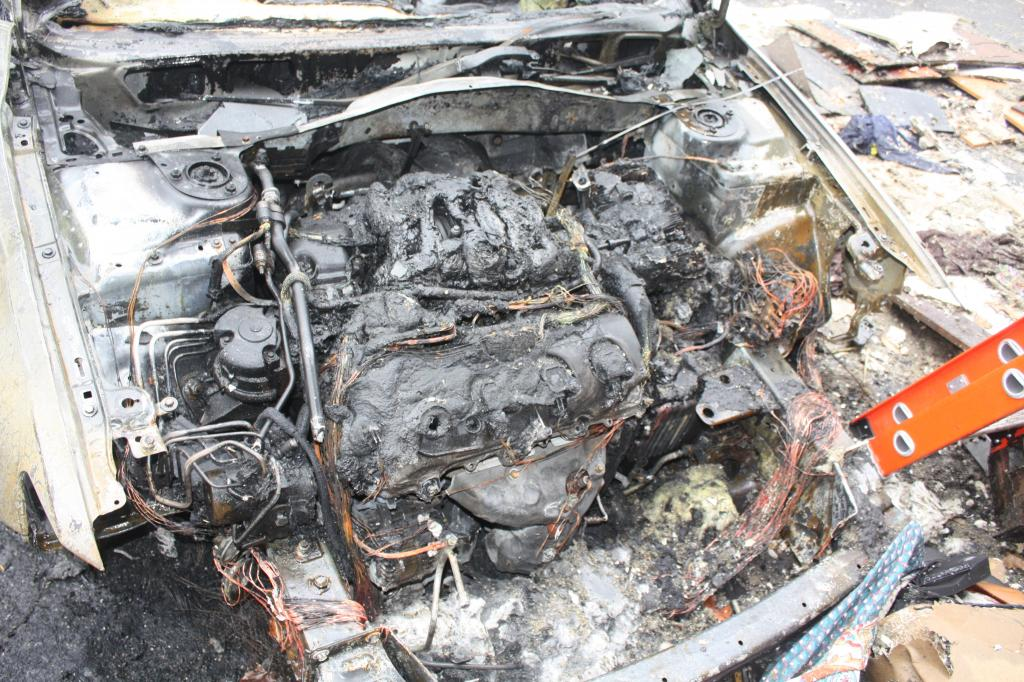 Automotive Repair Shops >> 2012 Lincoln MKZ Engine Fire: 1 Complaints