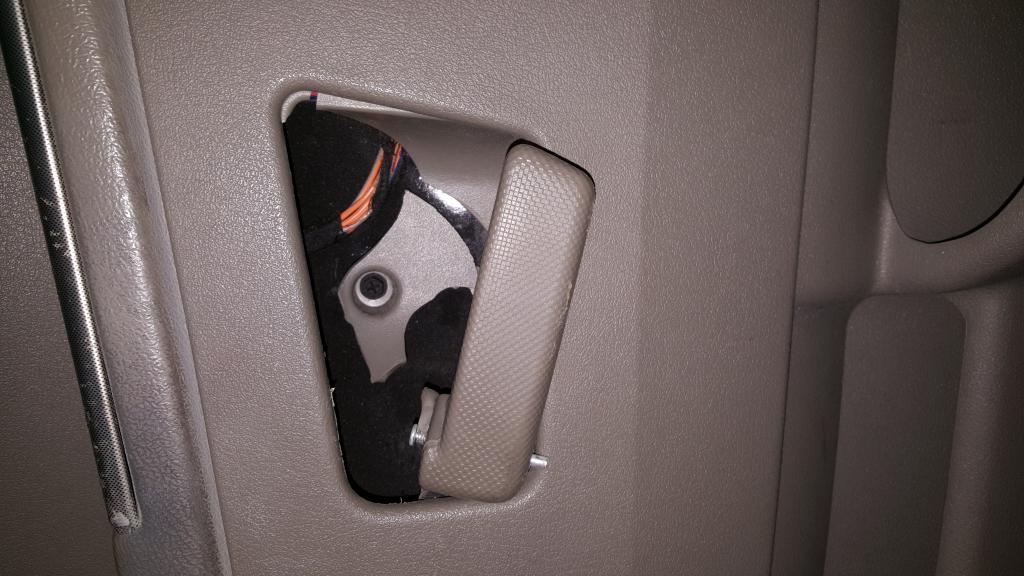 2005 Jeep Grand Cherokee Door Handles Have Broken From