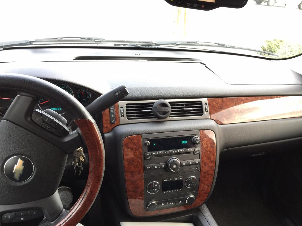 2008 Chevrolet Tahoe Cracked Dashboard: 14 Complaints