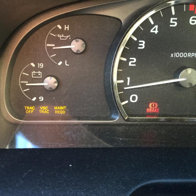 2007 Toyota Sequoia Vsc Light On 2 Complaints