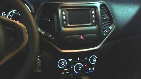 2015 Jeep Cherokee Infotainment Uconnect Touchscreen Dead 6 Complaints