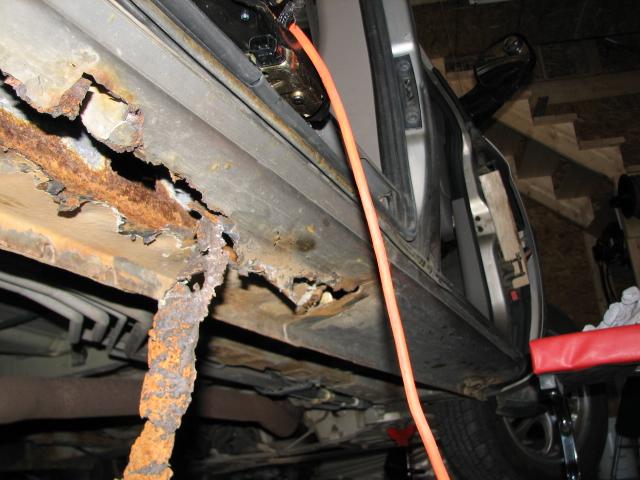 2003 Dodge Caravan Undercarriage Rusted 1 Complaints