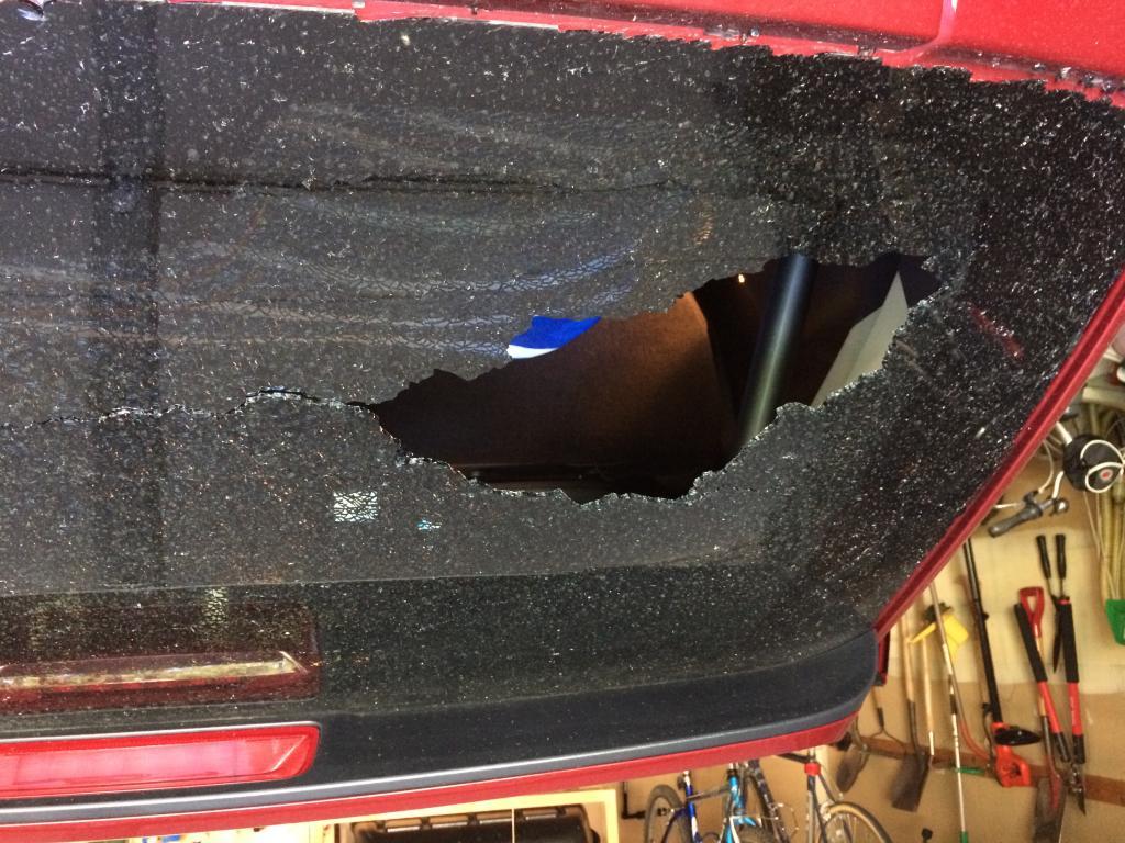 Ford F150 Transmission >> 2013 Ford Edge Back Window Shattered: 3 Complaints