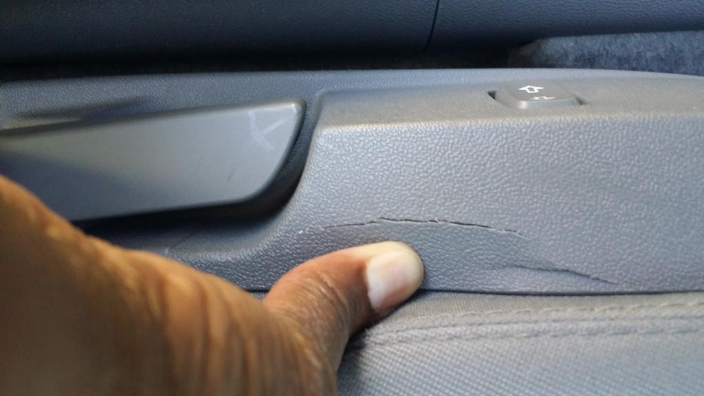 2015 Chevrolet Malibu Seat Plastic Trimming Is Cracking: 4 ...
