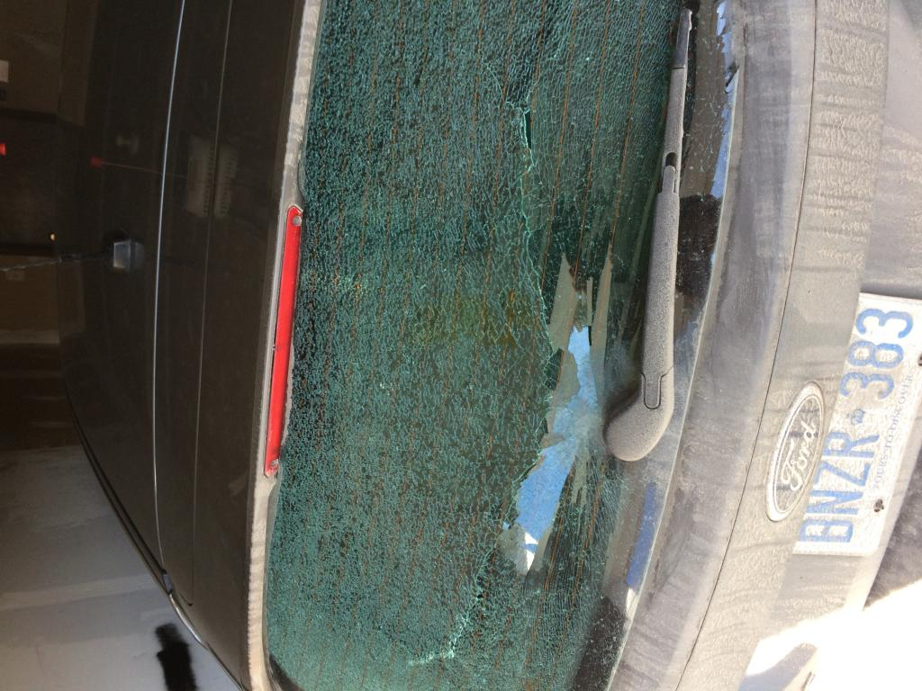 2012 Ford Focus Rear Window Exploded 17 Complaints 2000 Taurus Power Drivers Side Good Switch Is Ck