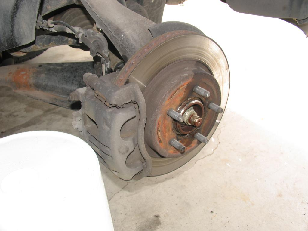 Tampa Truck Center >> 2003 Ford Explorer Wheel Bearings Failed: 130 Complaints ...