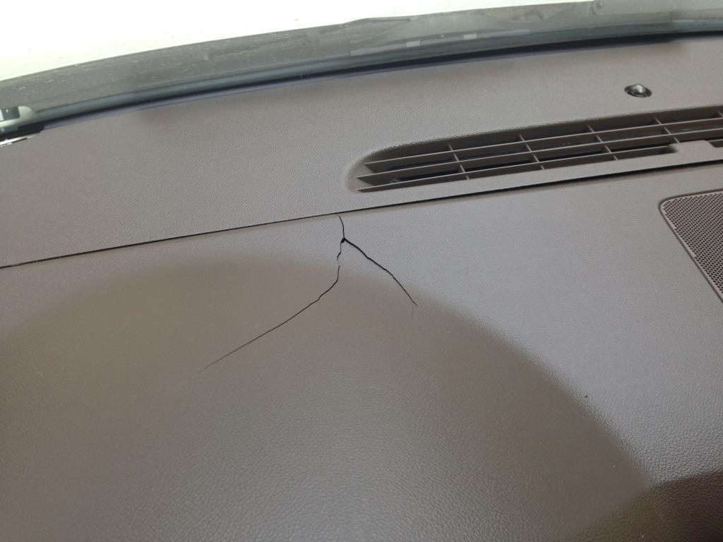 2010 Chevrolet Tahoe Cracked Dashboard 1 Complaints