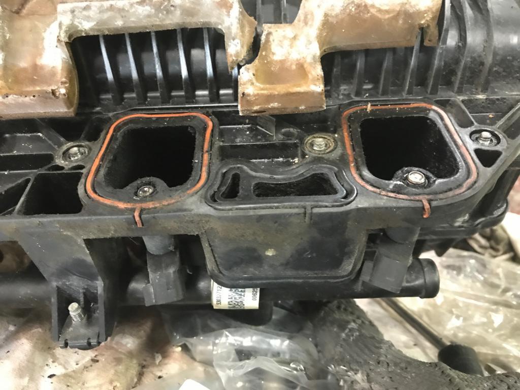 2004 Dodge Durango Engine Shakes And Dies When It Rains/Car
