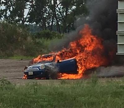 Engine Repair Shops >> 2007 Mini Cooper Engine Caught Fire: 1 Complaints