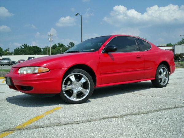 Fa B D Acf E Ed Ad D B on 2000 Oldsmobile Alero In Red