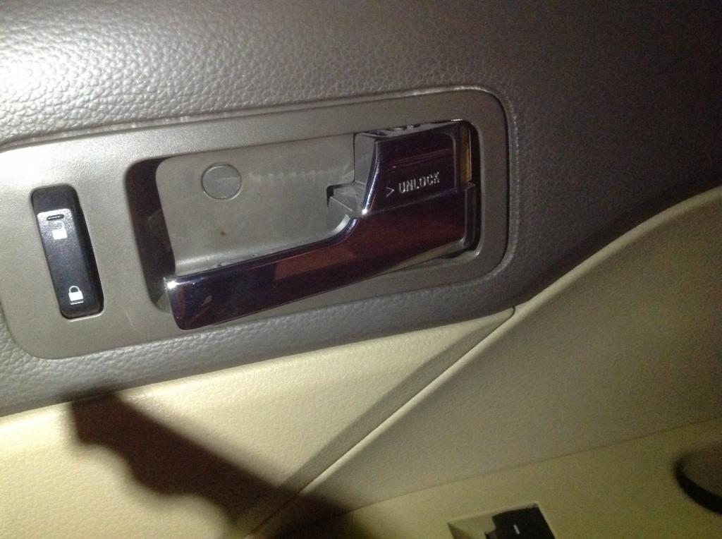 2010 ford fusion interior door handle not working - Ford fusion interior door handle replacement ...