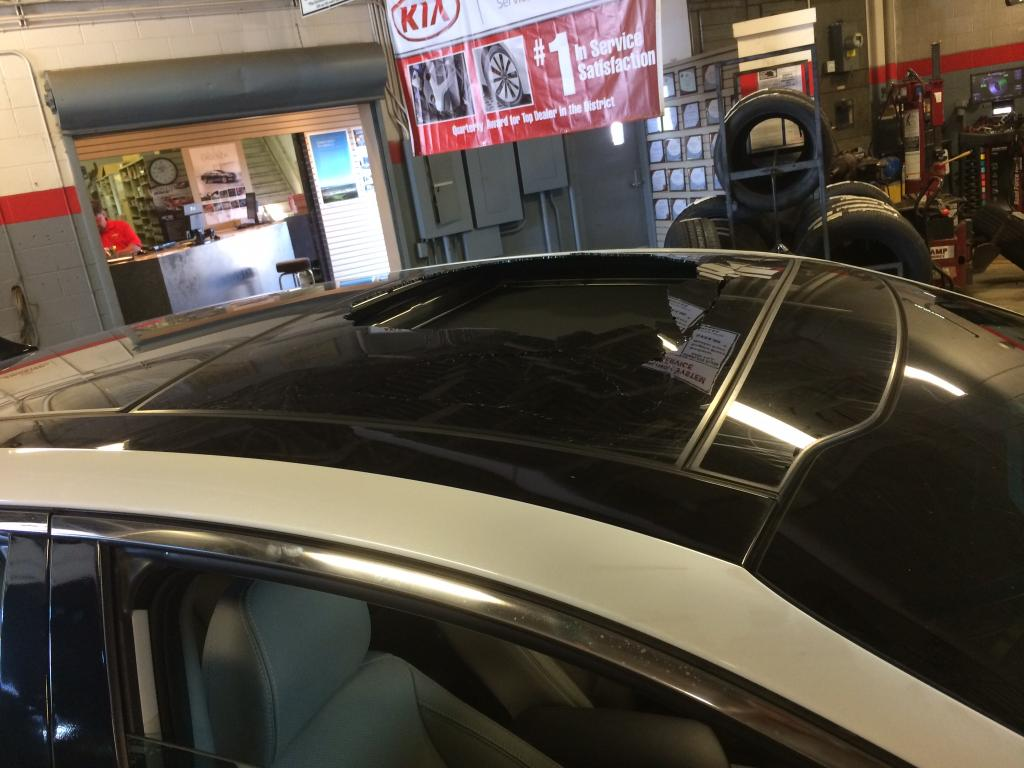 2013 Kia Optima Exploding Sunroof 3 Complaints