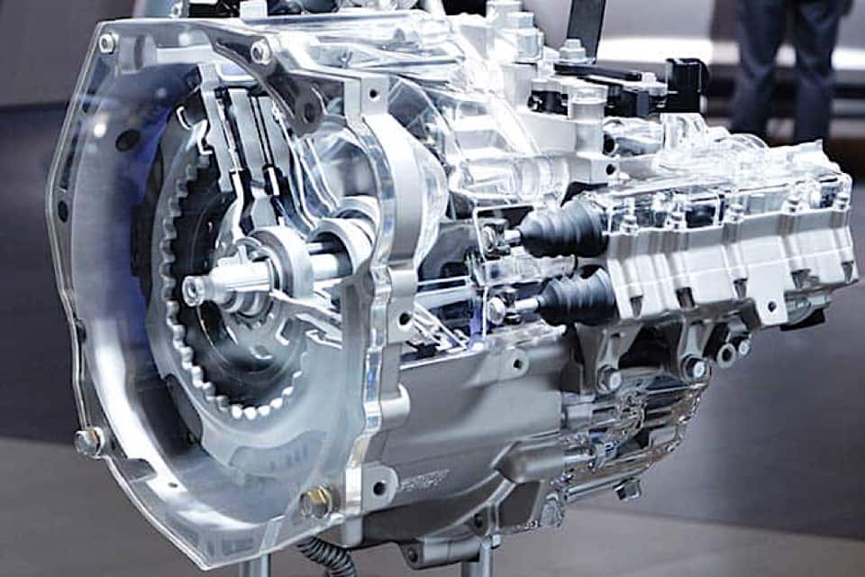 An isolated dual-clutch transmission on display.