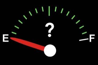Fuel gauge with the arrow on empty