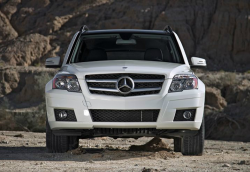 Mercedes-Benz Recalls Cars to Replace Airbag Control Units