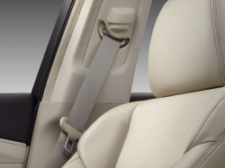 Acura Recalls RLX and MDX To Fix Seat Belts That Literally Freeze