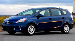 Toyota Recalls 625,000 Prius v Hybrids That Can Stall