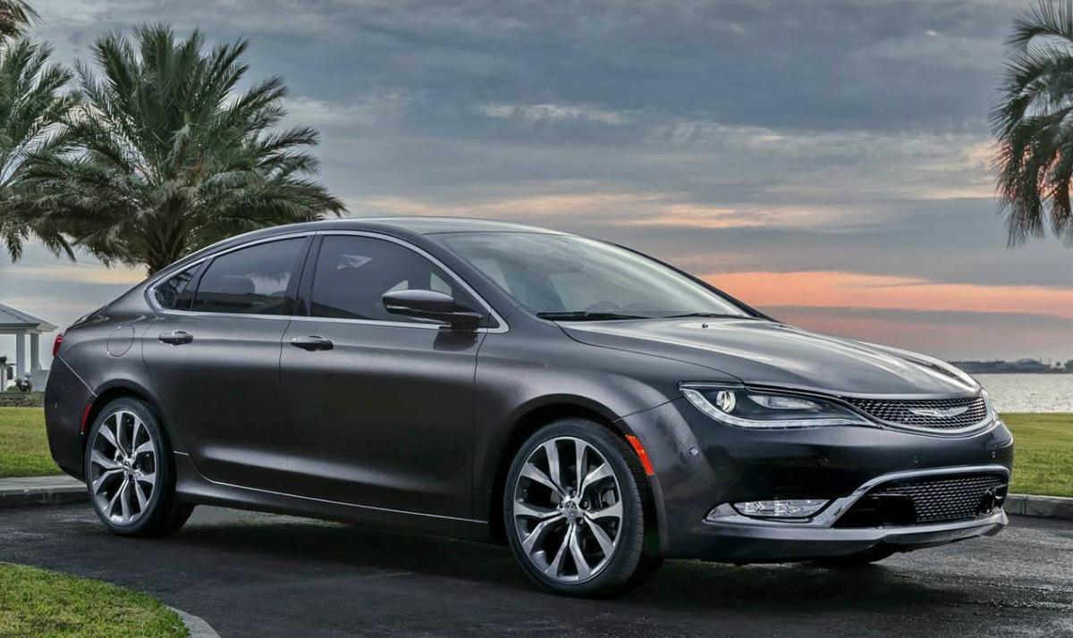 2015 chrysler 200 recall chrysler recalls 410,000 vehicles over wiring problems 2016 Chrysler 200 at fashall.co