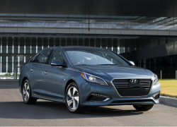 Hyundai Sonata Locking Rear Brakes Under Investigation