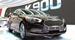 Kia K900 Recalled to Fix LED Headlights