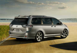 Toyota Recalls 834,000 Sienna Minivans to Fix Sliding Doors