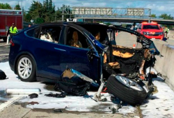 Tesla Model X Battery Fire Reignited 5 Days After Crash