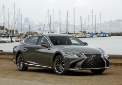 Recall: Lexus LS 500/500h Cars With Run-Flat Tires