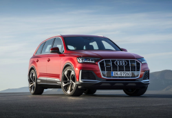 Audi Recalls Q7 SUVs For Airbag Issues