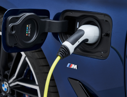 BMW Hybrid Battery Recall: Don't Charge The Battery