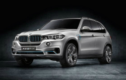 BMW X5 Door Lock Lawsuit Says Doors Lock Spontaneously
