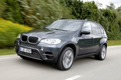 BMW X5 xDrive35d Idler Pulley Bolt Recall Investigated