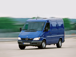 Daimler Recalls Sprinter 2500 and 3500 Vans Over Takata Airbags