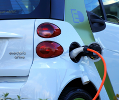Owning An Electric Car Is More Expensive Than a Gas-Powered Vehicle