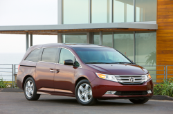 Honda Recalls 641,000 Odyssey Minivans to Fix Seat Problems