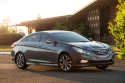 Hyundai Recalls 978,000 Sonata and Sonata Hybrids