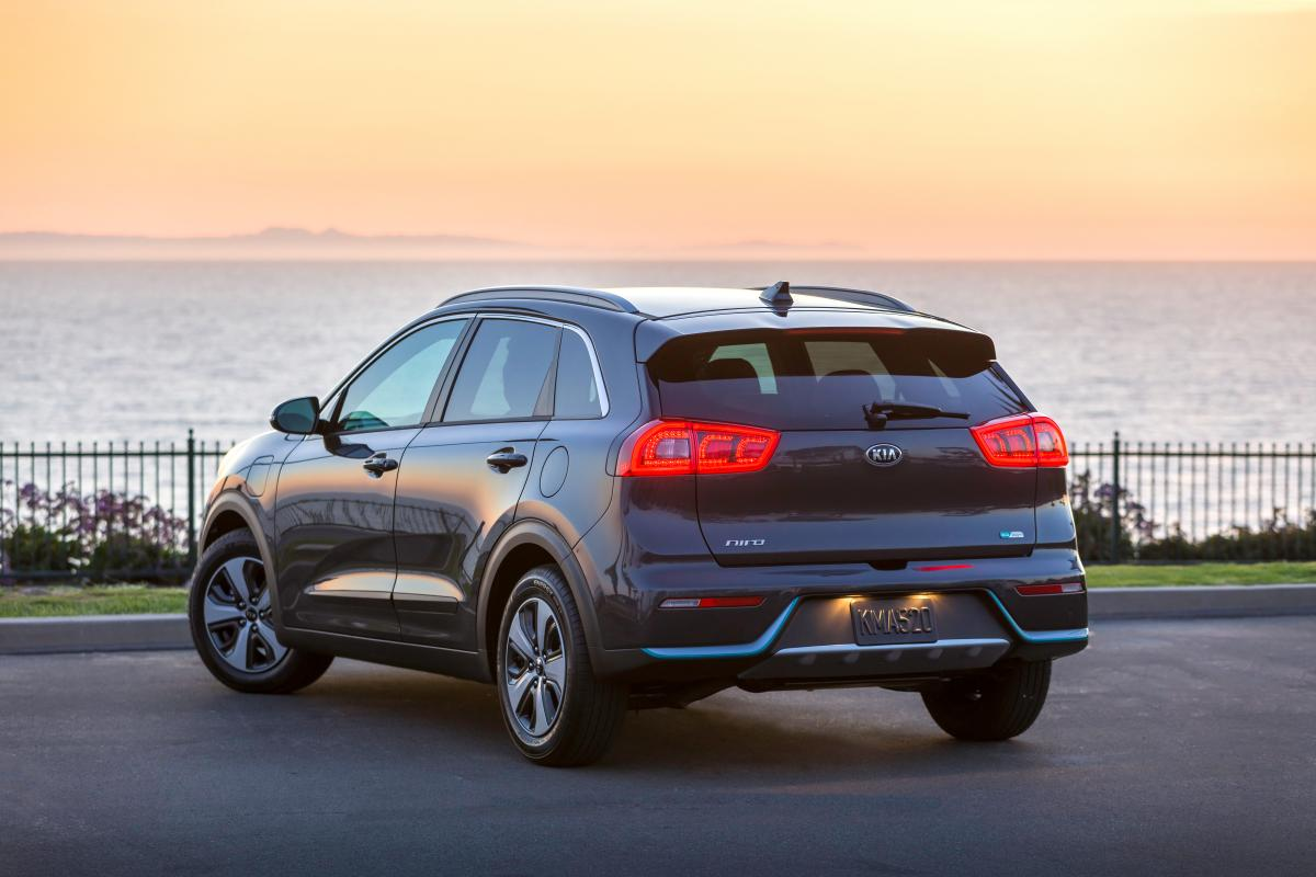 Kia Niro Hybrid Recall Issued Over Risk Of Fires Optima Recalls