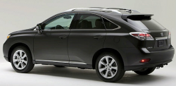 Toyota Recalls Lexus RX 350 and 450h Vehicles Due to Floor Mats