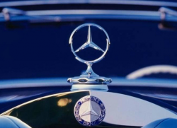 Mercedes-Benz Possibly Caught Using Emissions 'Defeat Devices'