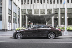 Mercedes S560 and Maybach S560 Recalled Over Oil Plugs