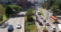 University Pays Drivers to Avoid Traffic Jams