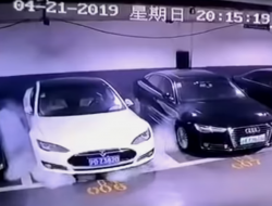 Tesla Model S Fire in China Allegedly Caused By a Battery Module
